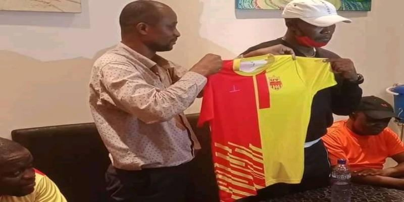 Coach Chico Mukeba_photo tiers
